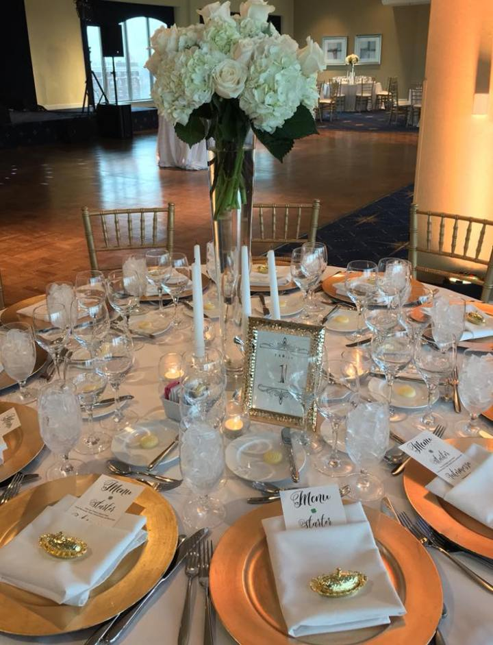 Jackie & Matt Tablescape